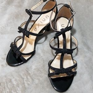UNISA size 7 black open toe sling back 3in heels